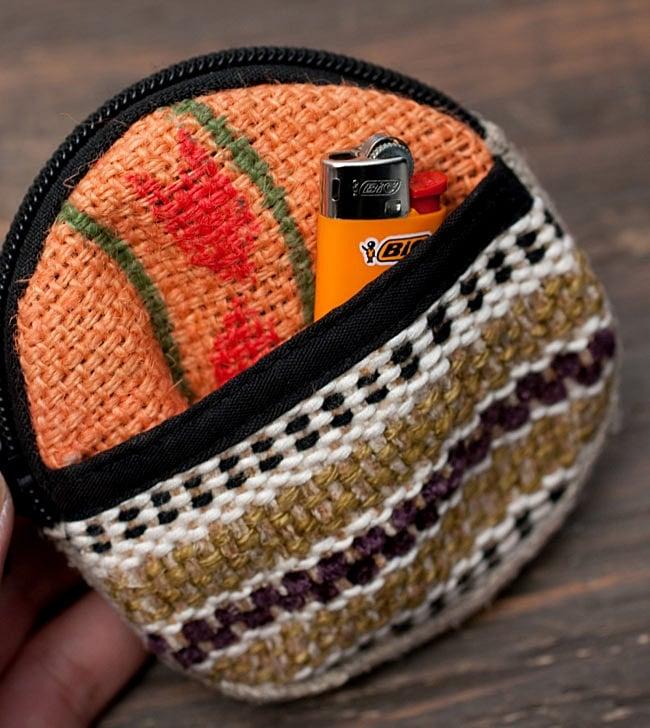 ヘンプのまんまるコインケース【アソート】 10 - メイン収納の他に、ちょっとしたライターなどを入れておく為の収納つき!