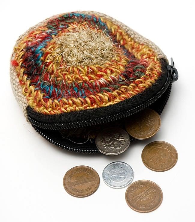 ヘンプのまんまるコインケース 【アソート】の写真6 - こんな感じでひとつひとつ異なります。アソートでのお届けとなりますので、ご了承くださいませ。