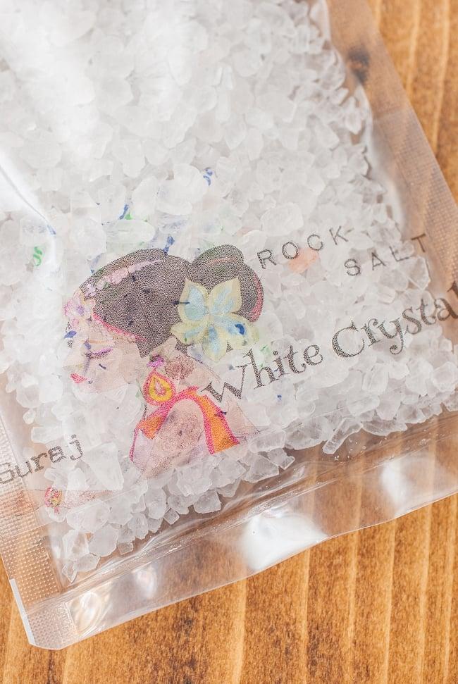 ホワイトクリスタル岩塩【ミル(粗目)50g】の写真2 - ミネラル分の豊かな塩です