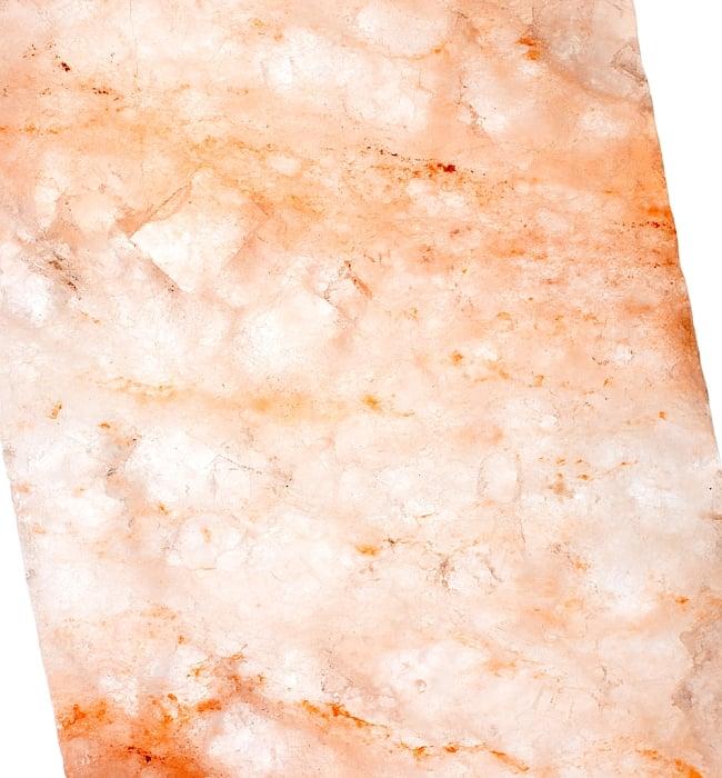 岩塩プレート(Mサイズ)パキスタン産 5 - 光にかざしてみました。とても綺麗な岩塩プレートです。