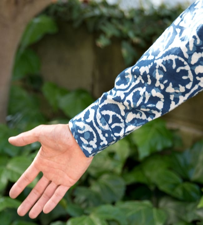 インディゴ染 メンズ 長袖 ロング スリーブシャツ  7 - 袖口を拡大しました