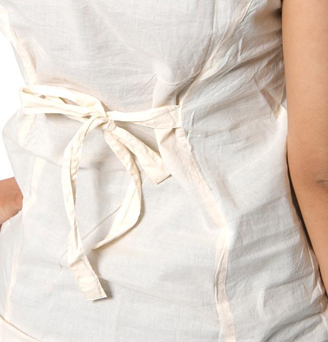 シンプル刺繍ノースリーブ 【オフホワイト】 4 - 後ろのリボンをアップにしてみました。