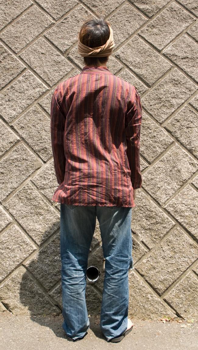 長袖ボタンクルタ 【赤系】の写真3 - 後ろ姿です。