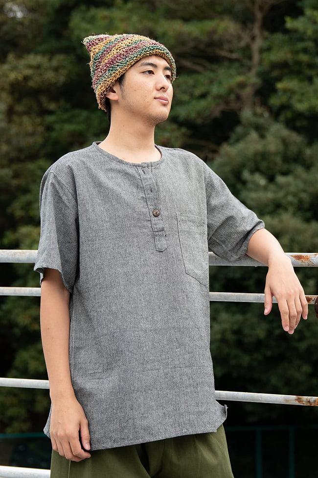 半袖シンプルコットンシャツ 3 - 身長172cmのモデル着用例です。