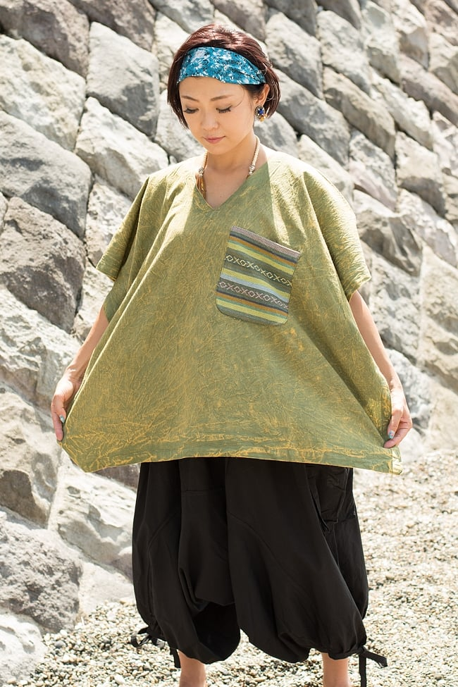 ストーンウォッシュの半袖プルオーバーシャツ 緑の写真