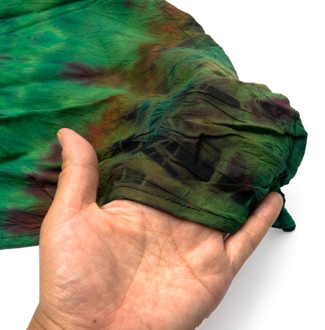 タイダイレーヨンサラサラベスト 【ライトグリーン】 7 - 肌さわりはサラサラしたレーヨン素材です。