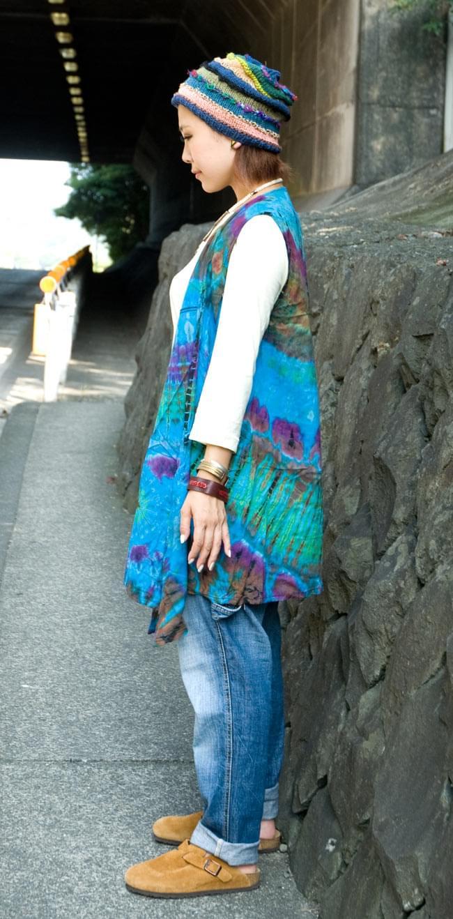 タイダイレーヨンサラサラベスト 【水色】の写真2 - 横から見た感じです。