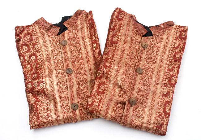 サリー刺繍 長袖クルタシャツ の写真7 - 若干、柄が異なるので選択項目よりお選び下さい。