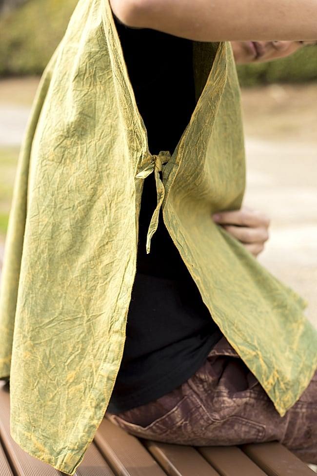ストーンウォッシュの半袖プルオーバーシャツ 【ライトイエロー】の写真7 - 袖の部分はこのように紐で縛るようなフリーサイズ仕様になっています。
