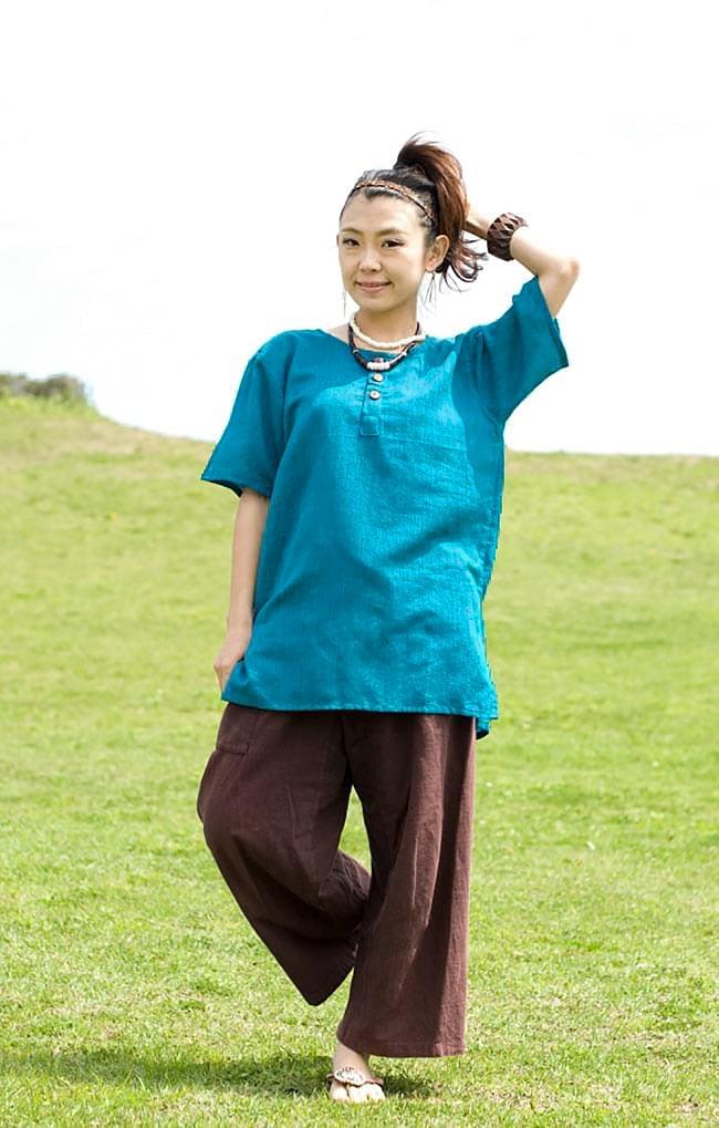 半袖シンプルコットンシャツ - ターコイズ 2 - 身長150cmのスタッフが着てみました。