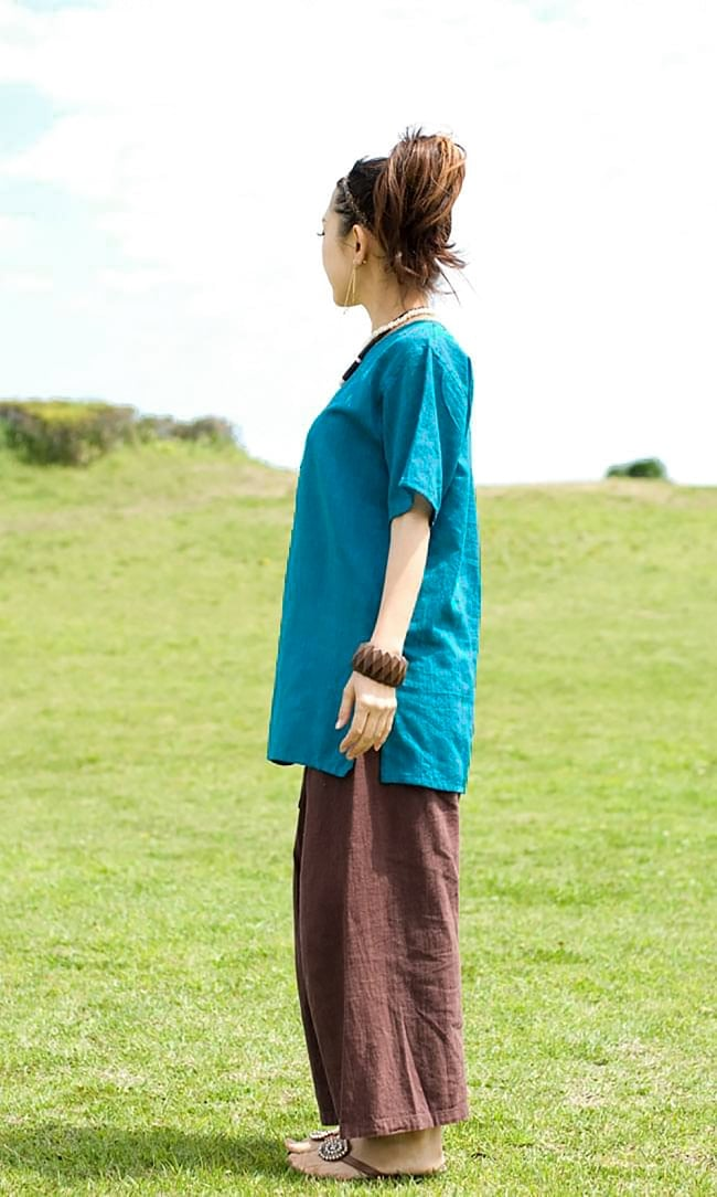 半袖シンプルコットンシャツ - ターコイズ 3 - 横からの姿です。
