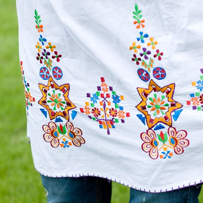 カラフル刺繍のキャミクルティ 5 - 裾部分の刺繍も素敵です。