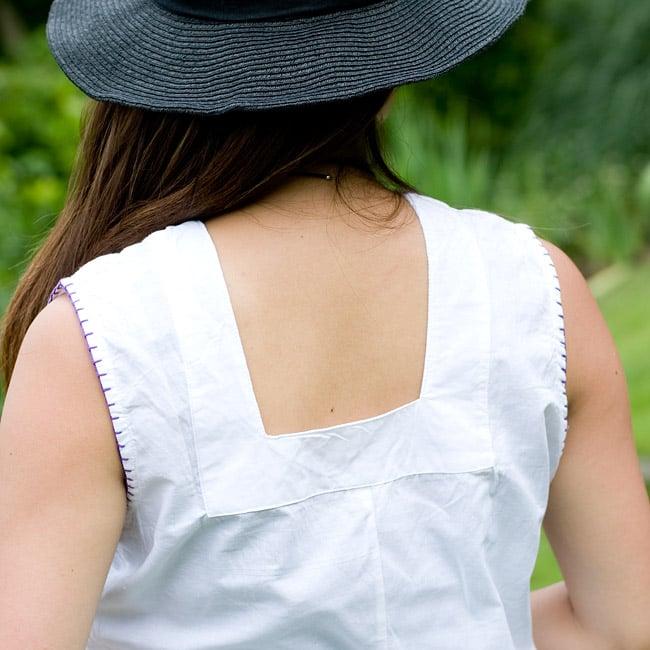 カラフル刺繍のキャミクルティ 6 - 背中もUカットで印象的!