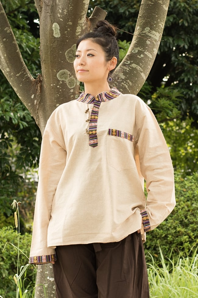 ブータン織 コットンクルタの写真