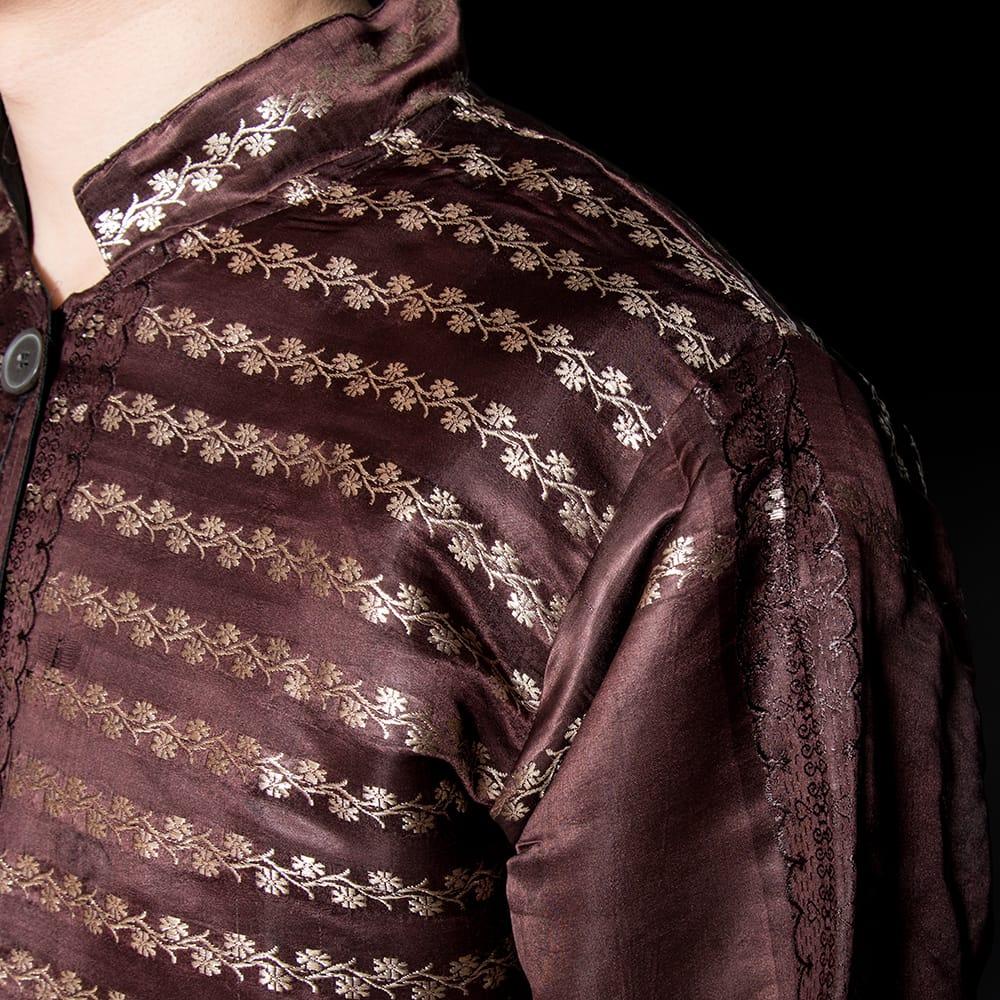 【1点もの】サリー刺繍 長袖クルタシャツ  7 - 光沢感のある生地です