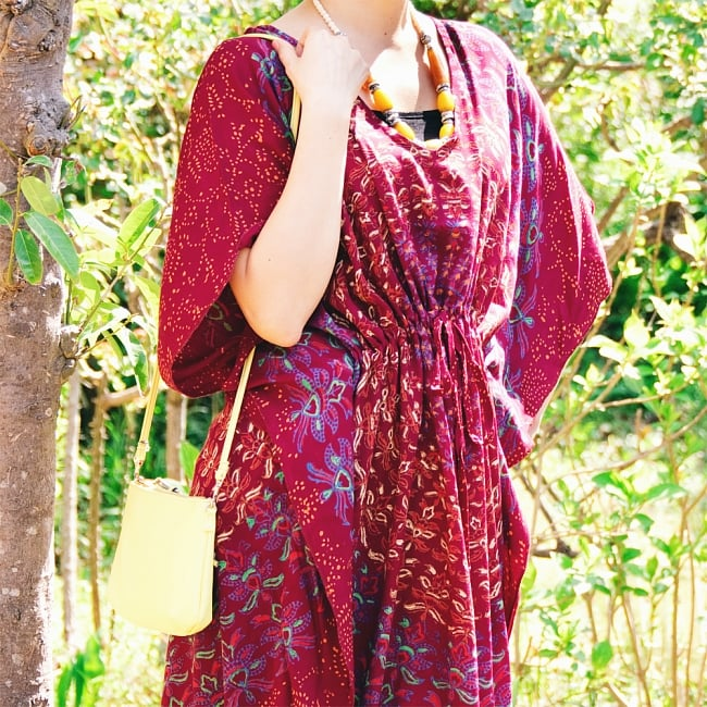 ガラベーヤ風 マンダラ模様のマキシワンピース 6 - 袖も広く、風通しが良いので暑い季節にもぴったり。