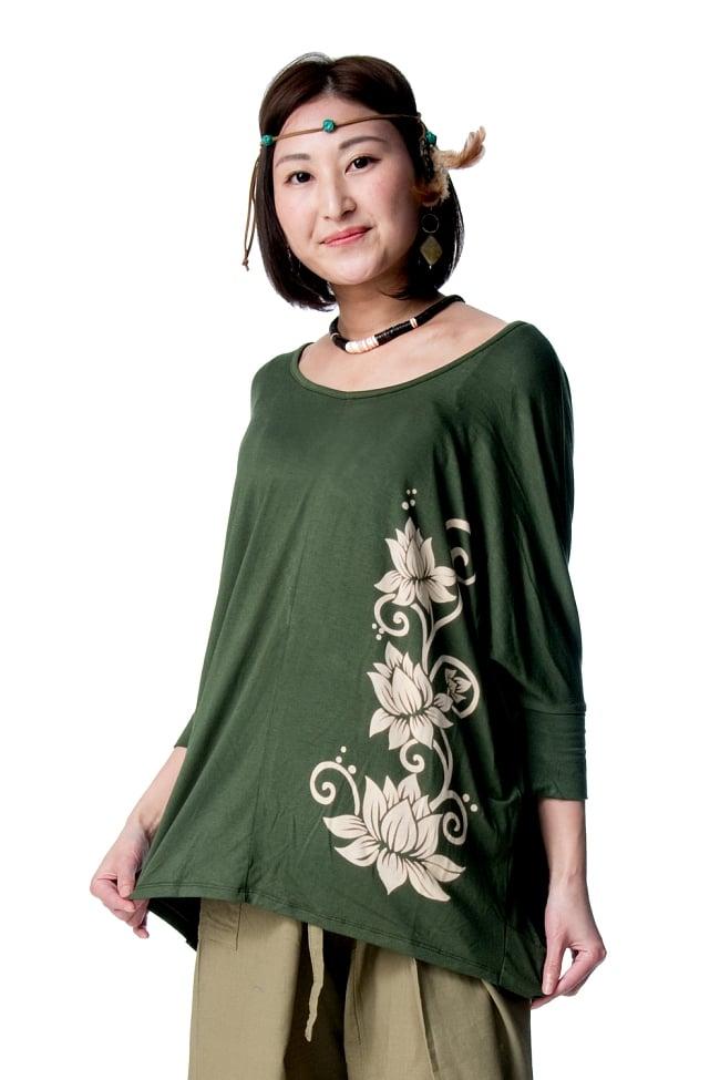 ロータスプリントストレッチ バルーンTシャツ 2 - 身長163cmのモデルさんの着用例になります。