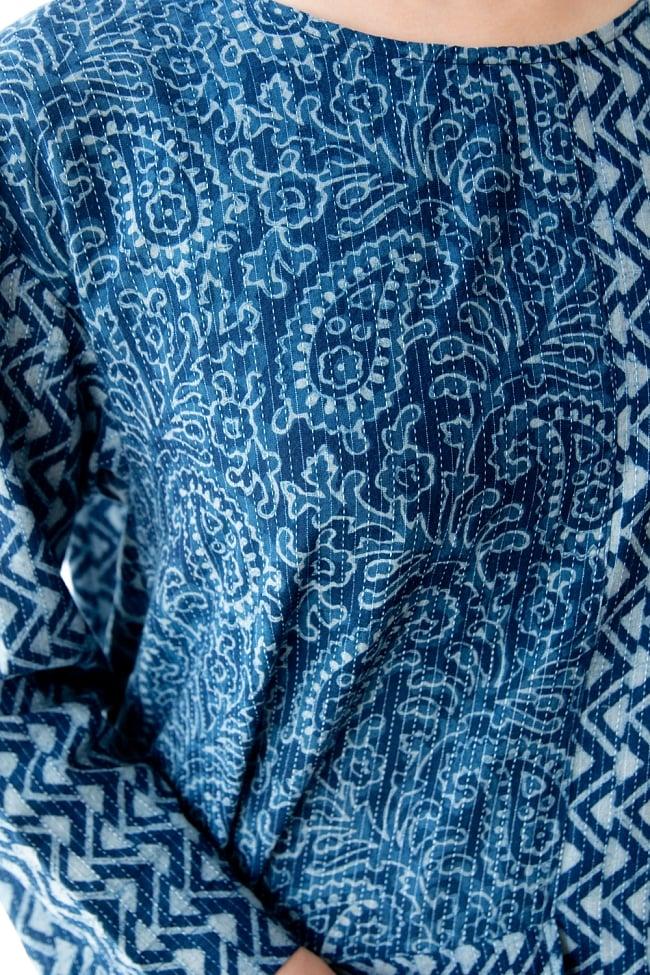 カンタ刺繍の藍染コットンシャツ 7 - 細かい手仕事に惚れ惚れする一品です。