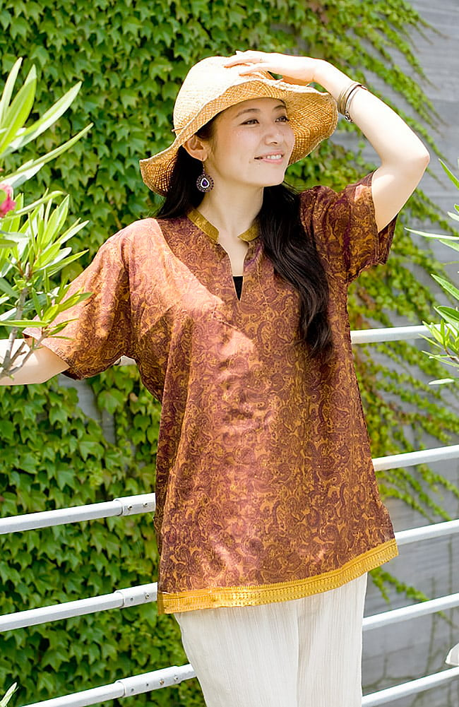 オールドサリーの半袖プルオーバーシャツ - 黄色・オレンジ系の写真