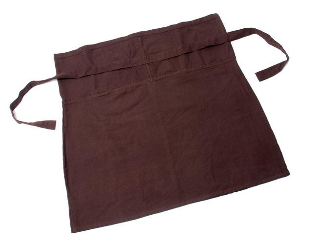 シンプルコットンのタイスカート 【ショート】 7 - 形はこんなふうに四角い形をしています。