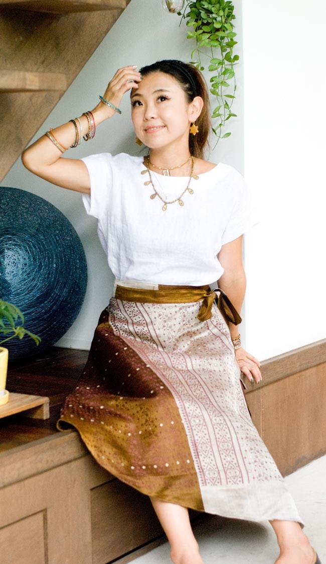 光沢布の刺繍巻きスカート 7 - G:ベージュ・グレー系