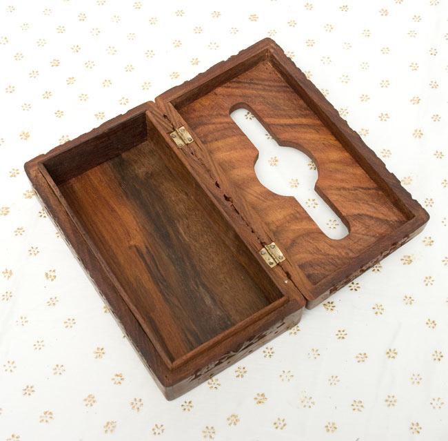 シーシャムウッドのティッシュケース -彫り華 [ソフトケース用] 5 - 箱を開いて撮影しました。