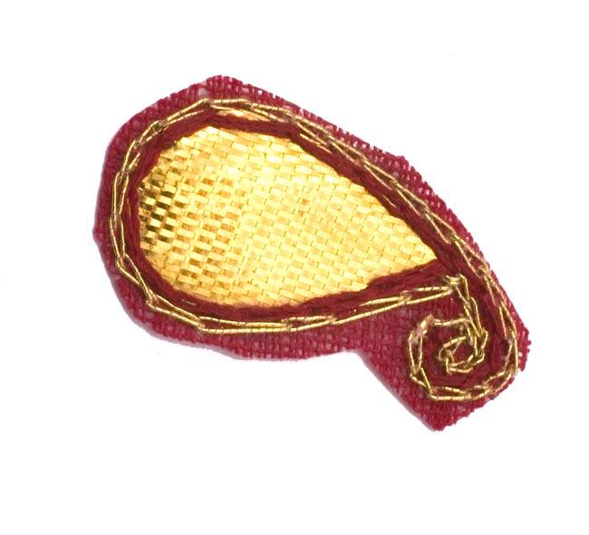 インドの刺繍アップリケ 雫 10個セット 【えんじ】 2 - アップにしてみました。
