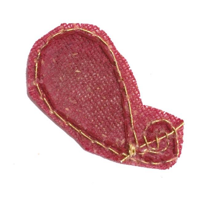 インドの刺繍アップリケ 雫 10個セット 【えんじ】 3 - 裏はこんな感じです。また、写真とは異なる裏面の場合もございます。予めご了承くださいませ。