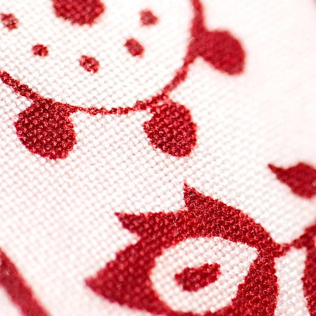[190cm×90cm]高品質大ラムナミ - サーモンの写真8 - 生地の拡大写真です。通常のラムナミと比べると目がつまっていて触り心地が良いのが特徴です。