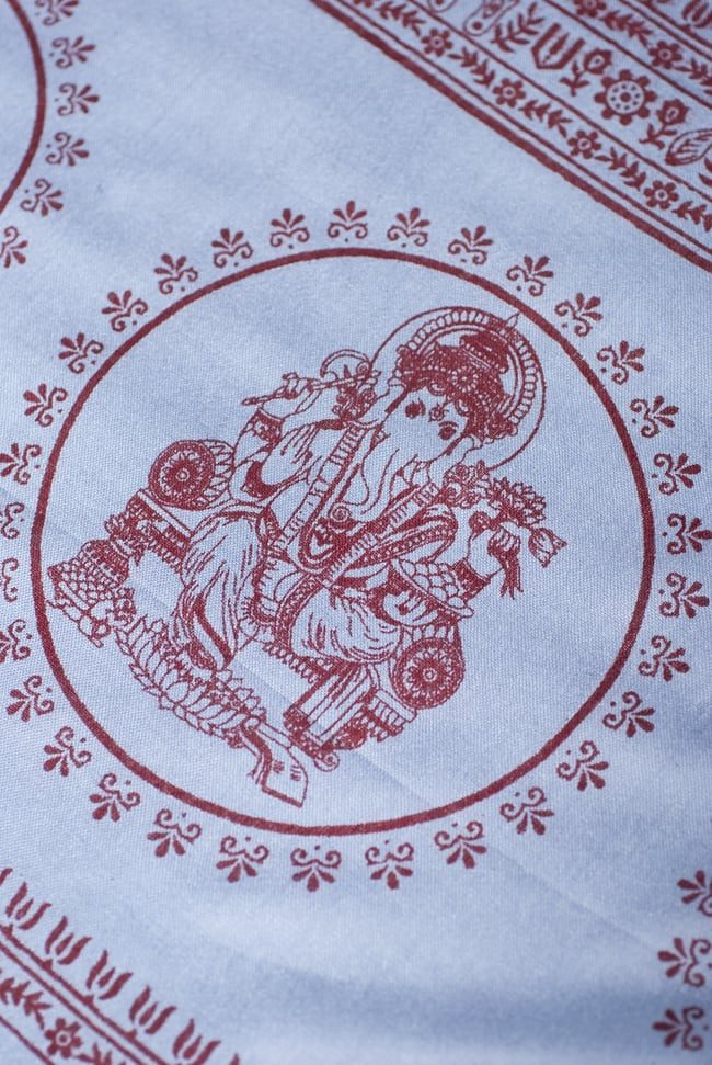 (190cm×100cm)ガネーシャのラムナミスカーフ - 青灰 3 - 両端側のガネーシャの様子です。