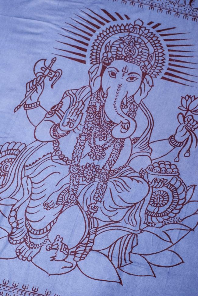 (200cm×100cm)大ガネーシャのラムナミスカーフ - 淡青 2 - 中央部分です。大人気の神様、ガネーシャです。