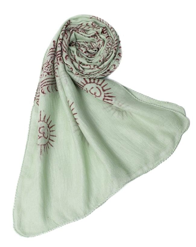 [約180cm×40cm]インド薄ラムナミ【ロング】 - 薄うぐいす色の写真6 - スカーフなどにぴったりの布地です。