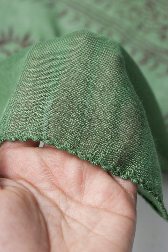 [約180cm×40cm]インド薄ラムナミ【ロング】 - 緑の写真5 - 透け感のある布地です。