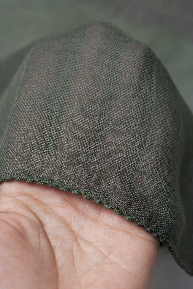 [約180cm×40cm]インド薄ラムナミ【ロング】 - ダークグリーンの写真5 - 透け感のある布地です。