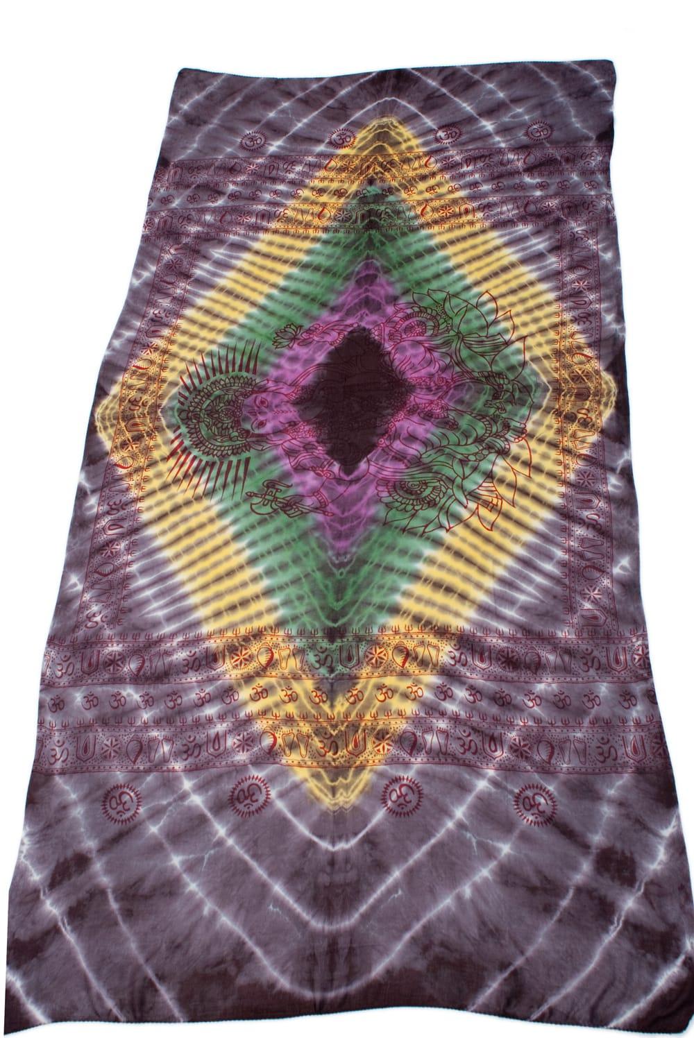 〔195cm*100cm〕ガネーシャ&ヒンドゥー神様のタイダイサイケデリック布 - 黒紫×黄×ピンク×緑系 2 - 全体写真です。とても大きな布なのでソファーカバーなどのインテリアファブリックへ。