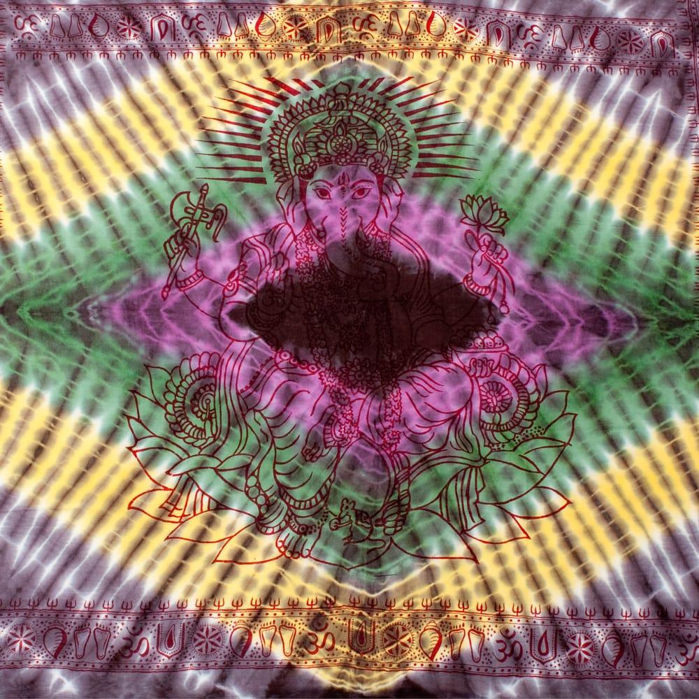 〔195cm*100cm〕ガネーシャ&ヒンドゥー神様のタイダイサイケデリック布 - 黒紫×黄×ピンク×緑系の写真
