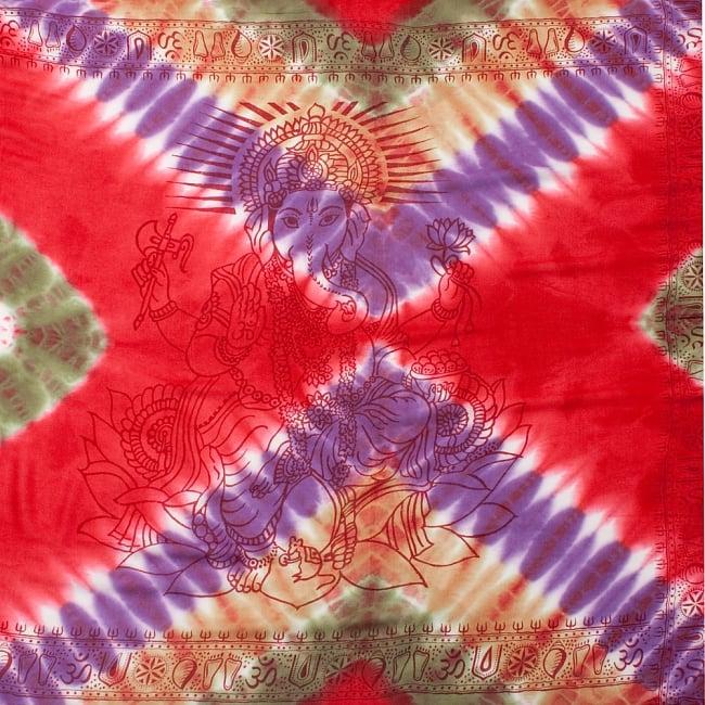 〔195cm*100cm〕ガネーシャ&ヒンドゥー神様のタイダイサイケデリック布 - 赤×紫×茶×緑系の写真