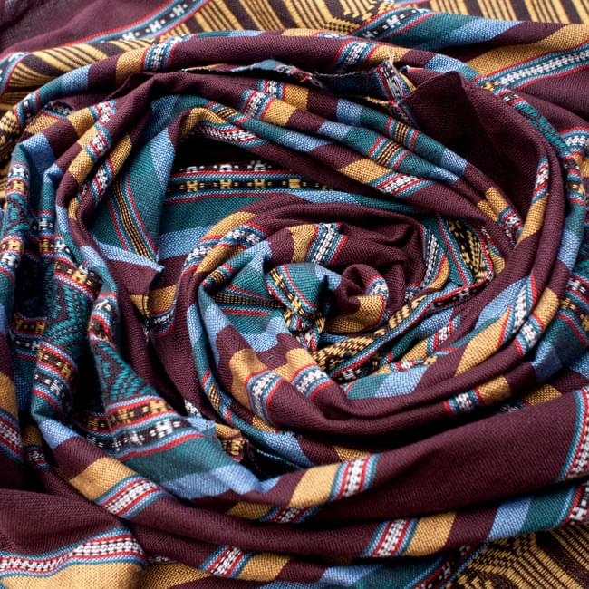 ベトナム ターイ族の伝統手織りスカーフ・デコレーション布の写真3 - 色合いもとっても綺麗です。