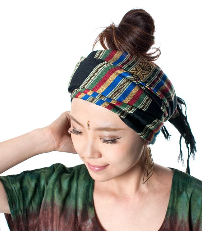ベトナム ターイ族の伝統手織りスカーフ・デコレーション布(切りっぱなし)の写真10 - 柔らかいので、頭に巻いてターバンとしてもオススメ!(以下の写真は同ジャンル品のものになります。)