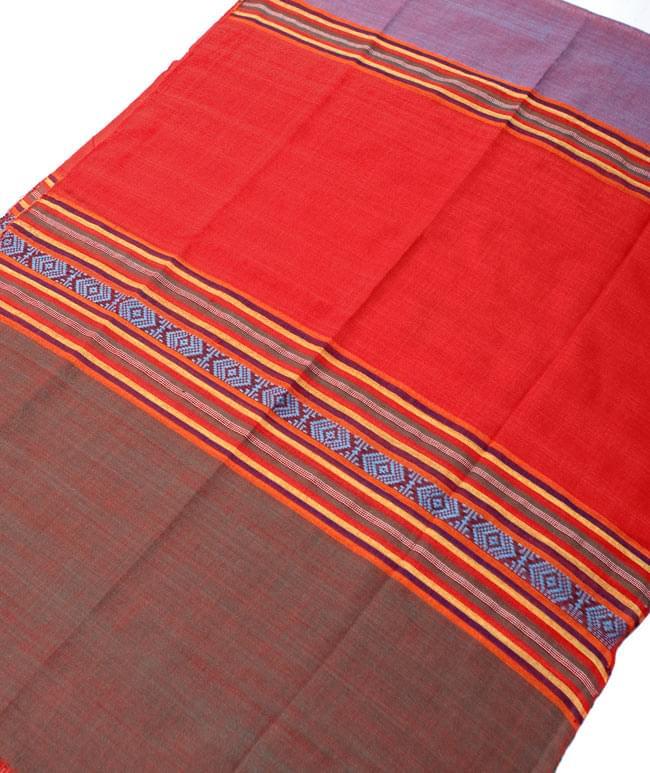ベトナム ターイ族の伝統手織りスカーフ・デコレーション布(切りっぱなし)の写真8 - 【選択 - C】は、こちらのような模様になります。