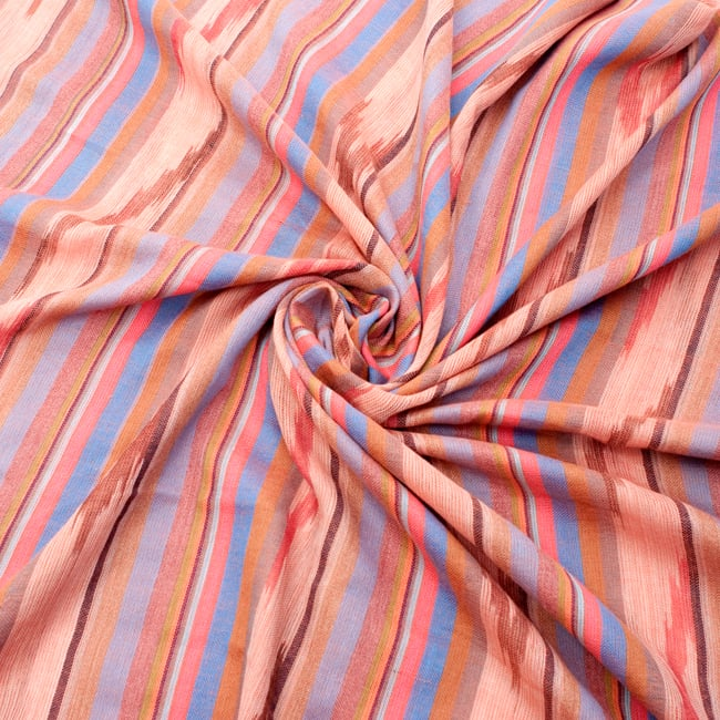 〔170cm×100cm〕ヘビーイカットルンギー - オレンジ×水色系の写真5 - 色彩の国、インドらしい美しい配色。差し色として素敵です。