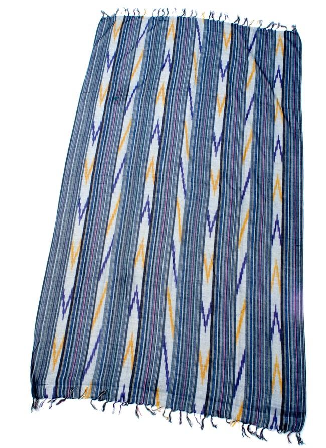 〔170cm×100cm〕ヘビーイカットルンギー - 青×紫×白系 2 - 全体の写真です