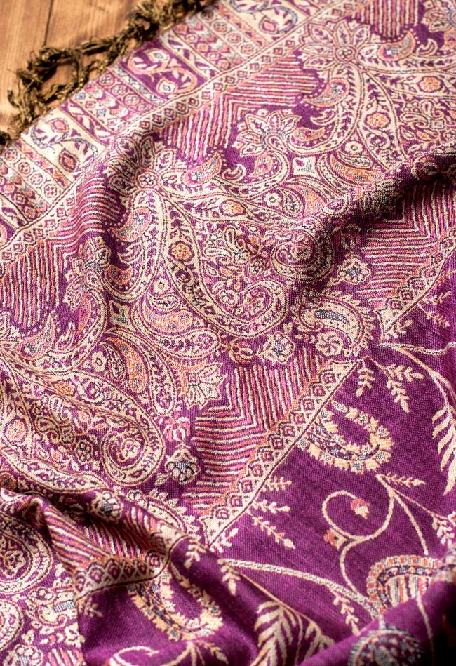 〔200cm×70cm〕インド更紗 伝統チンツ柄ストール - 紫系アソートの写真5 - 別の角度からの写真です。模様は伝統的なインド更紗模様です。