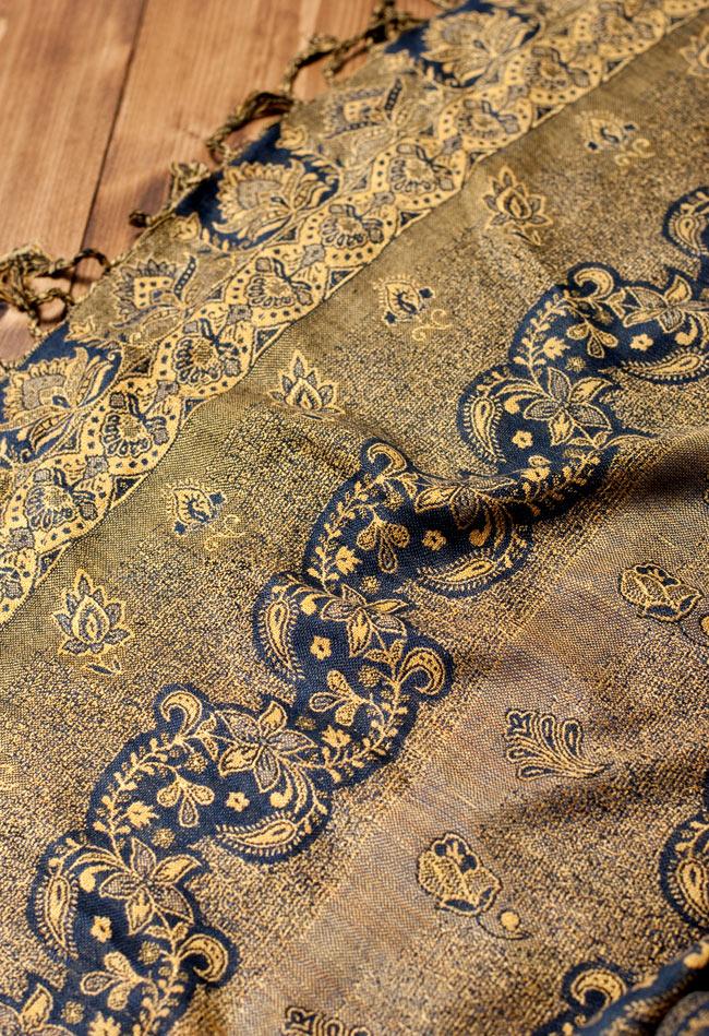 〔200cm×70cm〕インド更紗 伝統チンツ柄ストール - 黄色系アソートの写真5 - 別の角度からの写真です。模様は伝統的なインド更紗模様です。
