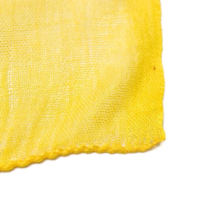 ガーゼ生地のグラデーション スカーフ【黄色】の写真6 - 布の一部分の拡大です