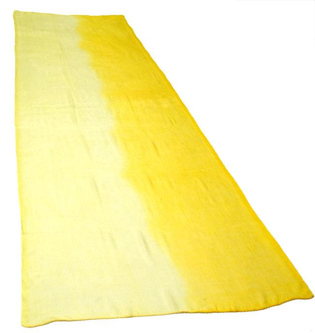 ガーゼ生地のグラデーション スカーフ【黄色】の写真