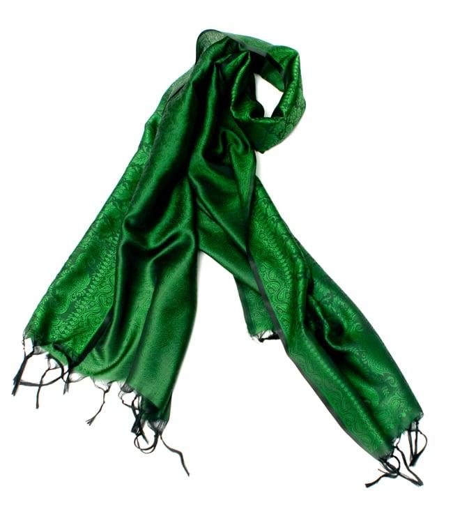 光沢ペイズリー シルク風ファブリック[濃緑系] 7 - スカーフのようにしてみた写真です