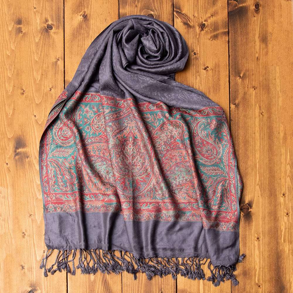 〔200cm×70cm〕インドの伝統柄 ペイズリーショール - グレーの写真