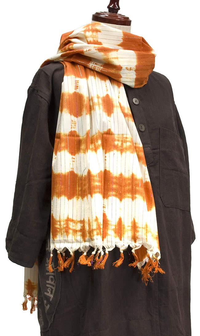 金糸入りタイダイ染めスカーフ - オレンジの写真