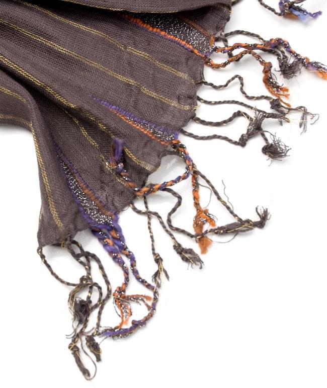 金糸入りスカーフ - 濃茶系の写真4 - フリンジ部分はこんな具合です。